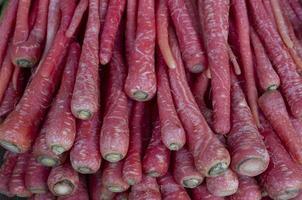 gruppo di carote fresche