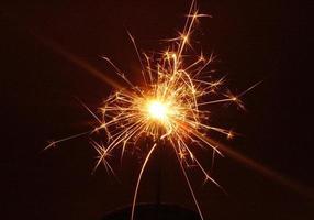 sparkler di notte