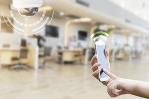 telefono cellulare con simbolo wifi foto