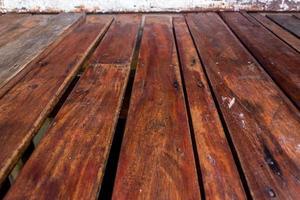 pavimento in doghe di legno per lo sfondo foto
