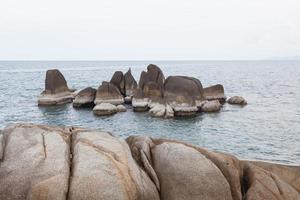 nonno rocce in thailandia
