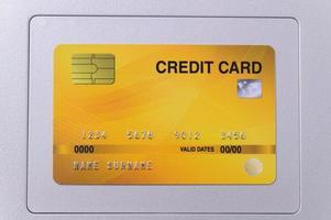 carta di credito sul trackpad