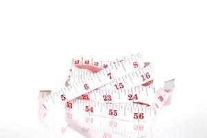 nastro di misurazione bianco e rosso foto