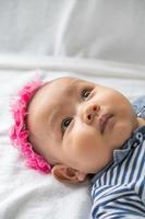 primo piano di un neonato