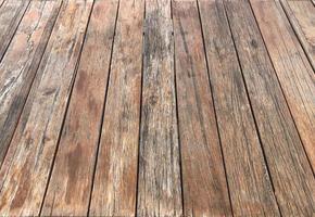 grintosa struttura in legno