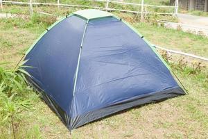 tenda nel campo foto