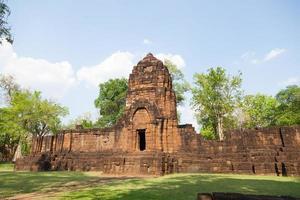 rovine di prasat muang tam in thailandia foto