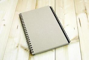 quaderno a spirale marrone foto