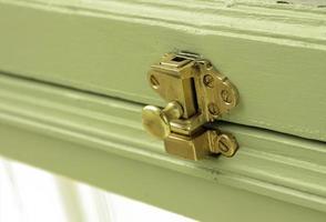 serratura in metallo ottone foto