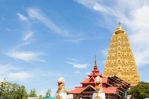tempio sangkhlaburi a kanchanaburi, in thailandia
