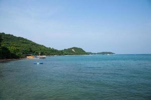 spiaggia di koh larn in thailandia foto