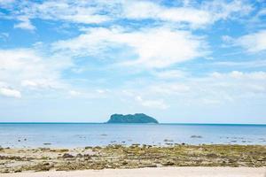 isola e spiaggia in thailandia foto