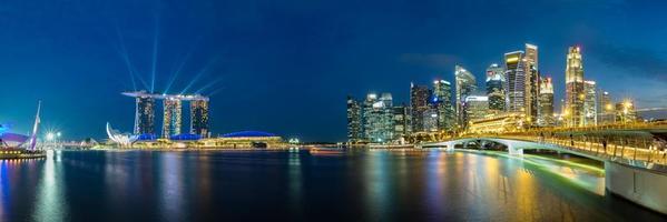 skyline del quartiere degli affari di singapore