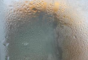 acqua sulla finestra