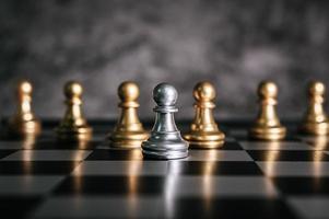 scacchiera in oro e argento