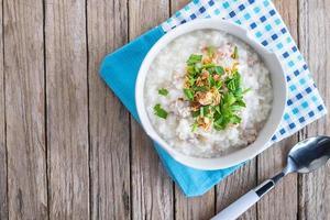 vista dall'alto di porridge di riso foto