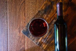 vista dall'alto del vino foto