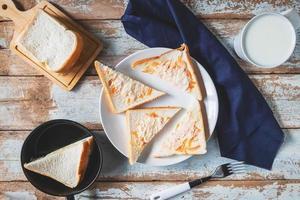 vista dall'alto di pane tostato