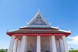grande tempio bianco in thailandia