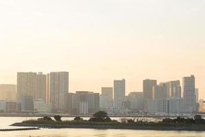 paesaggio urbano di tokyo al tramonto foto