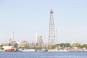 impianto di raffinazione del petrolio in thailandia foto