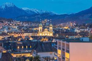 vista della città di lucerna, svizzera