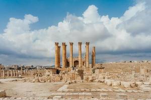tempio di artemide a gerasa, l'attuale jerash, giordania