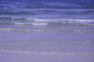 onde dell'oceano blu foto
