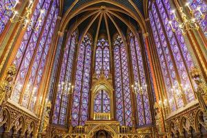 la sainte chapelle a parigi, francia