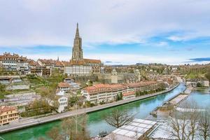 vista di berna, la capitale della svizzera foto