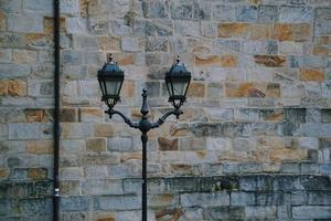lampione nella città di bilbao, spagna