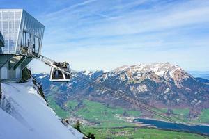 mt. pilatus visto da mt. stanserhorn, svizzera