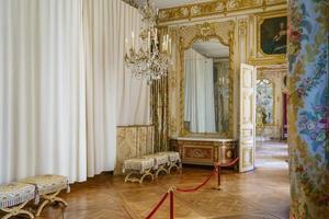 interno del palazzo di versailles, francia