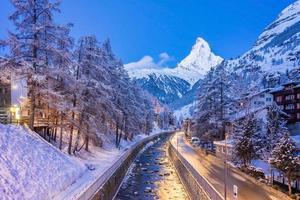 vecchio villaggio a zermatt, svizzera