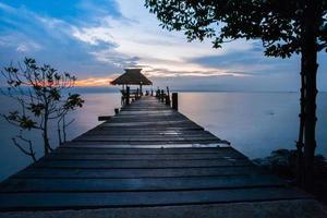 dock al tramonto