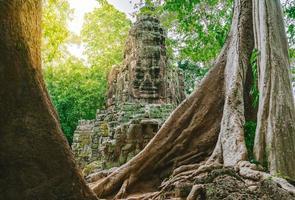 cancello nord del complesso di angkor thom vicino a siem reap, cambogia