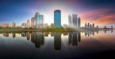 vista panoramica della città di bangkok foto