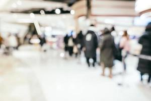 interno del centro commerciale sfocato astratto foto