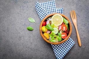 ciotola di insalata foto