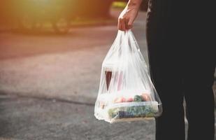 fornitori di servizi di ristorazione. stare a casa ridurre la diffusione del virus covid-19