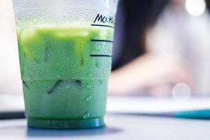 latte freddo al tè verde matcha foto