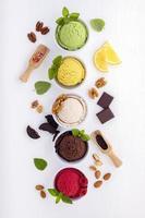 vista verticale del gelato foto