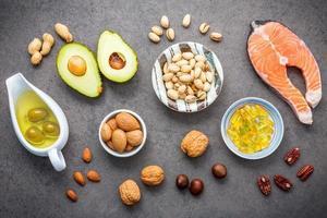 salmone e ingredienti sani foto