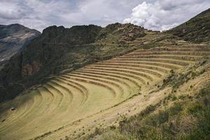 terrazzamenti agricoli a pisac, perù foto