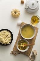 concetto di tè e zuppa foto
