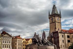 piazza della città vecchia di praga, repubblica ceca foto