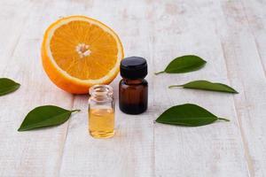 olio essenziale di arancia foto