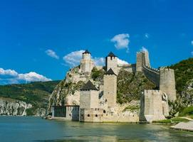 Fortezza di Golubac in Serbia foto