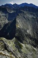 cresta di roccia dei monti tatra foto
