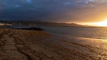 tramonto a las palmas -canteras spiaggia foto